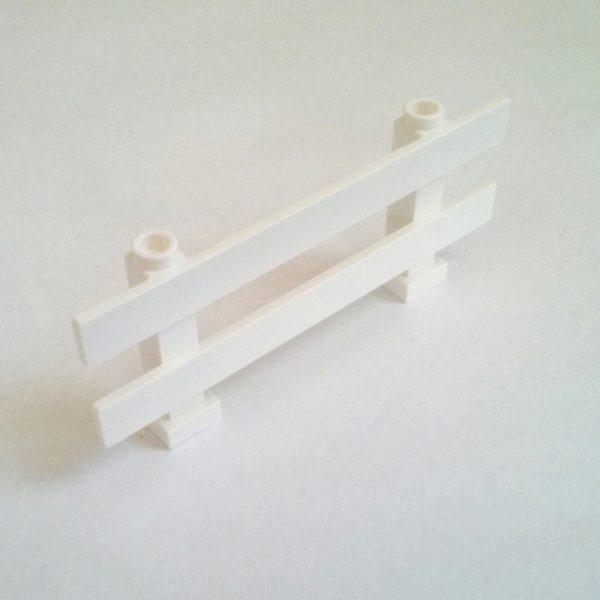 White Fence 1 x 8 x 2 2/3