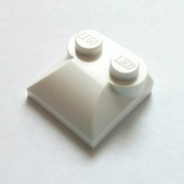 White Brick Modified 2 x 2 x 2/3 Curved Slope Top